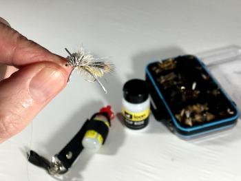 use fly floatant